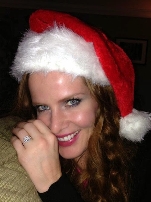As nice as it sparkles ring | 'Once Upon A Time' star Rebecca Mader is engaged