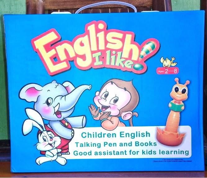 dengan ejaan bahasa Inggris dan pen bersuara sesuai pengucapan Inggris