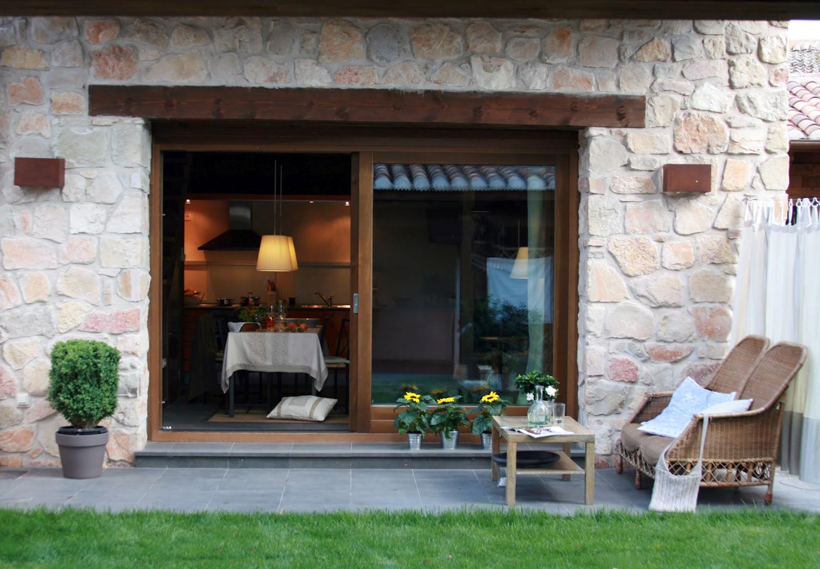 Casa rural con encanto en pedraza segovia for Casas modernas rusticas