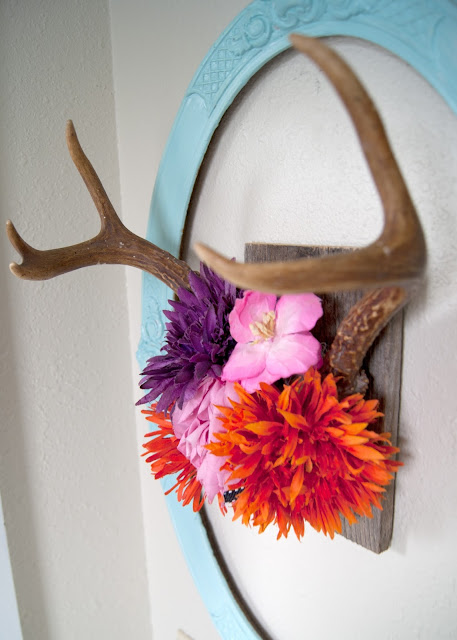 Project Kid's Bathroom Makeover - before & after - antler hair clip organizer