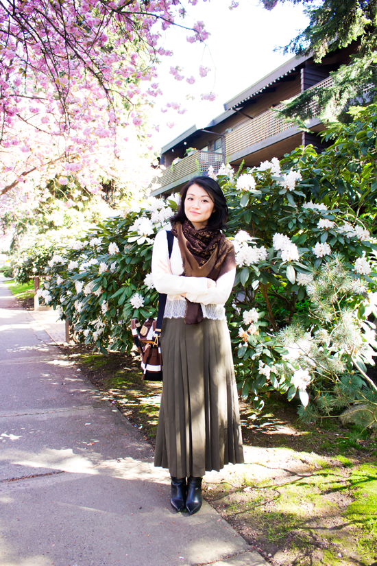Vintage wool skirt, Aritzia silk top, prada purse, louis vuitton scarf, vancouver fashion blogger