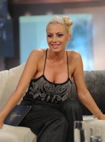 """Фолк звездата Камелия, която бе водещата на предаването """"Споделено с..."""" по ТВ7"""