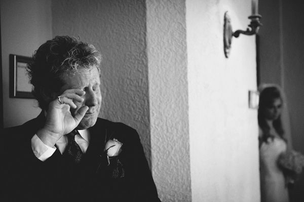 http://junebugweddings.com/blogs/photobug/archive/2013/01/22/thats-heartbreaking-1-22-2013-emotional-wedding-photo-by-jason-mize.aspx