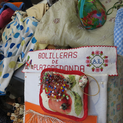 photo bobbin lace group by solamante