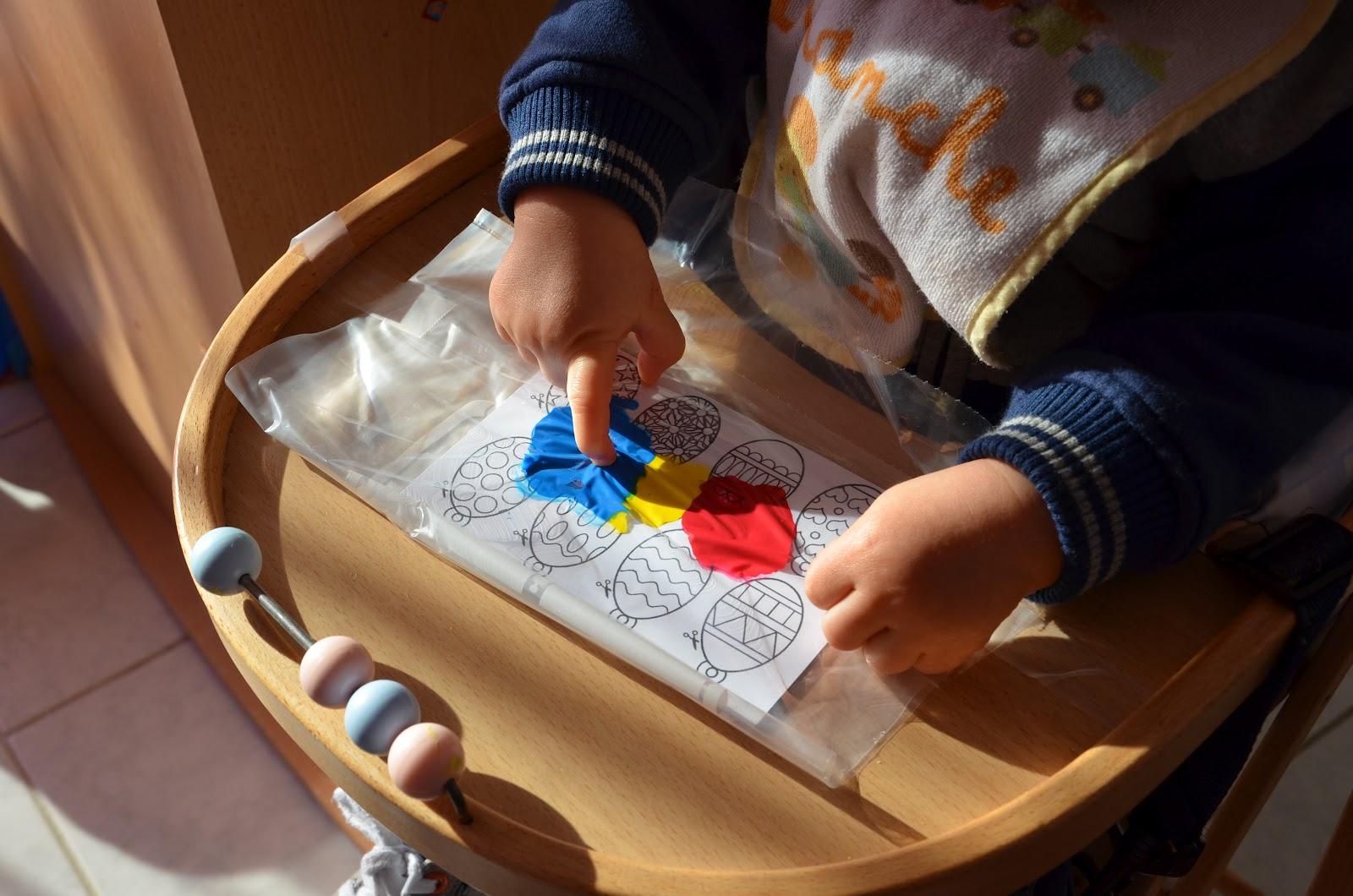 Nounou mariposa et ses chenilles guirlande de p ques - Peinture pour plastique exterieur ...