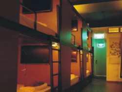 Harga Hotel Bintang 2 di Singapore - Chic Capsule Otel