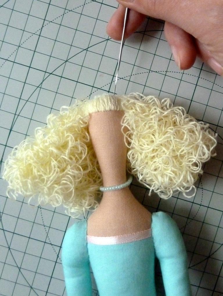 Кудрявые волосы для тильды
