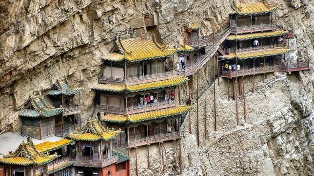 El Monasterio colgante de Xuankong (China)