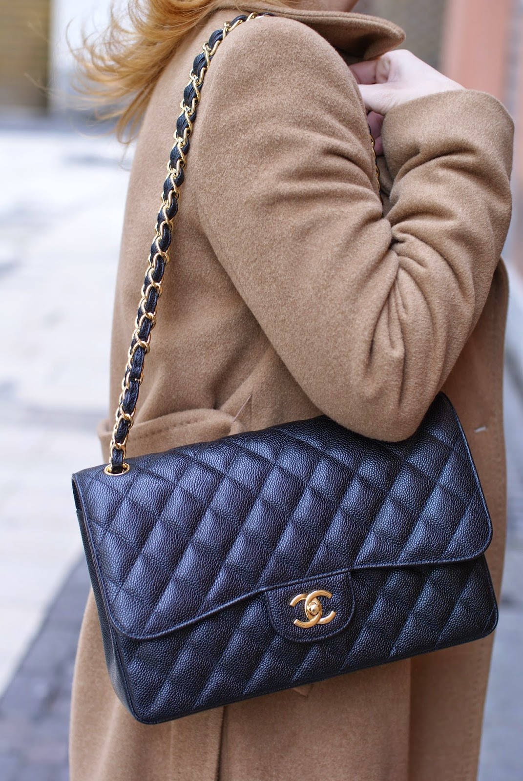Chanel 2.55 classic flap bag in caviar leather on fashion blogger Vale on Fashion and Cookies fashion blog