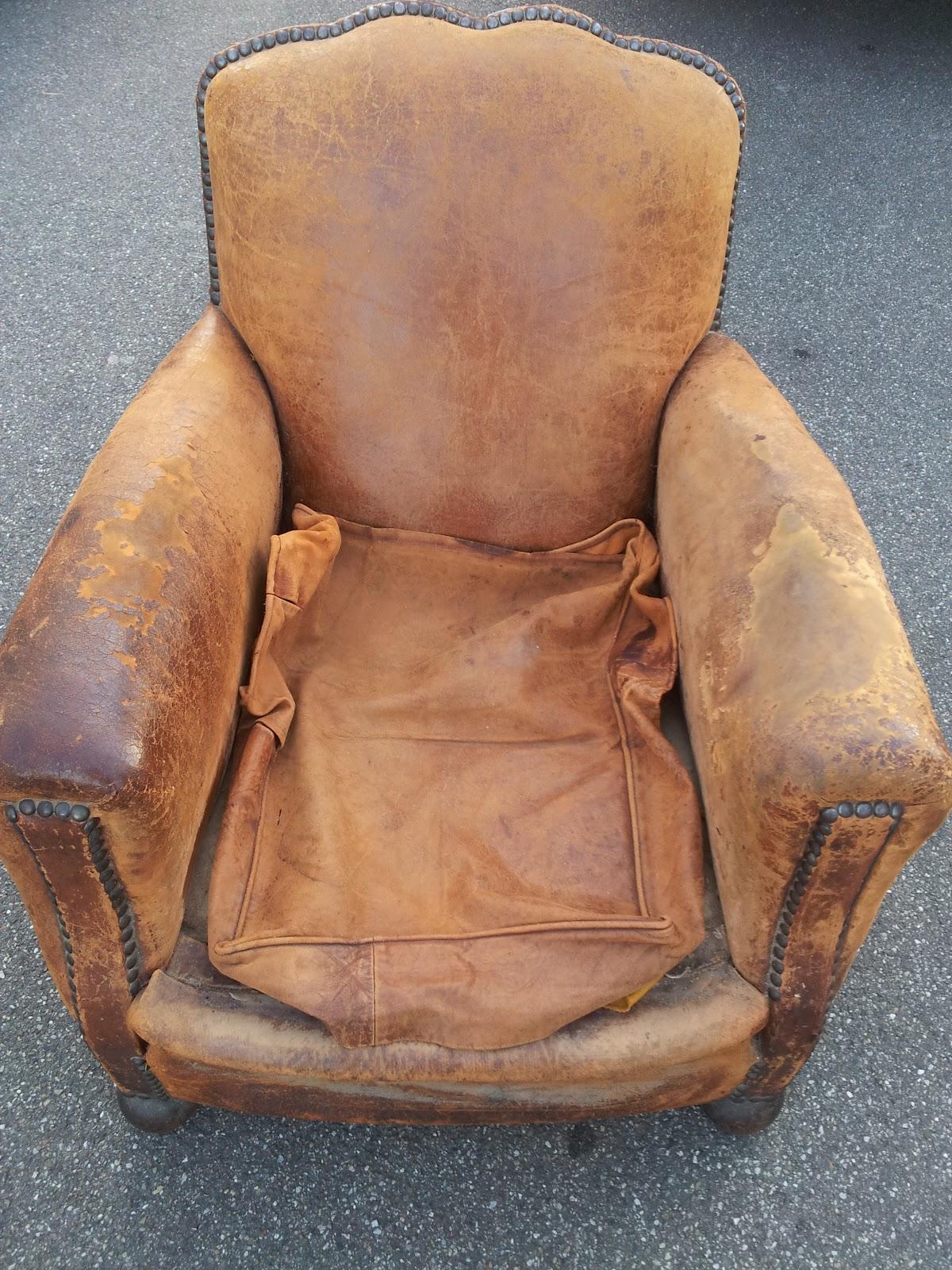 troc and broc fauteuils club a restaurer. Black Bedroom Furniture Sets. Home Design Ideas