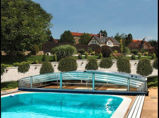Cubierta o cierre de piscina modelo casablanaca desplegada for Cubiertas para piscinas baratas
