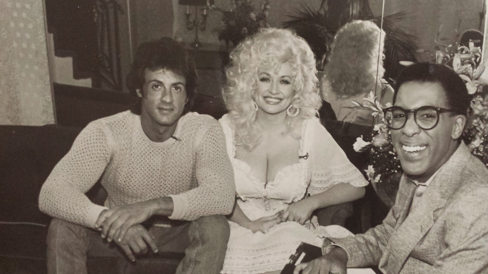 Bobby Rivers Tv Hello Dolly Parton