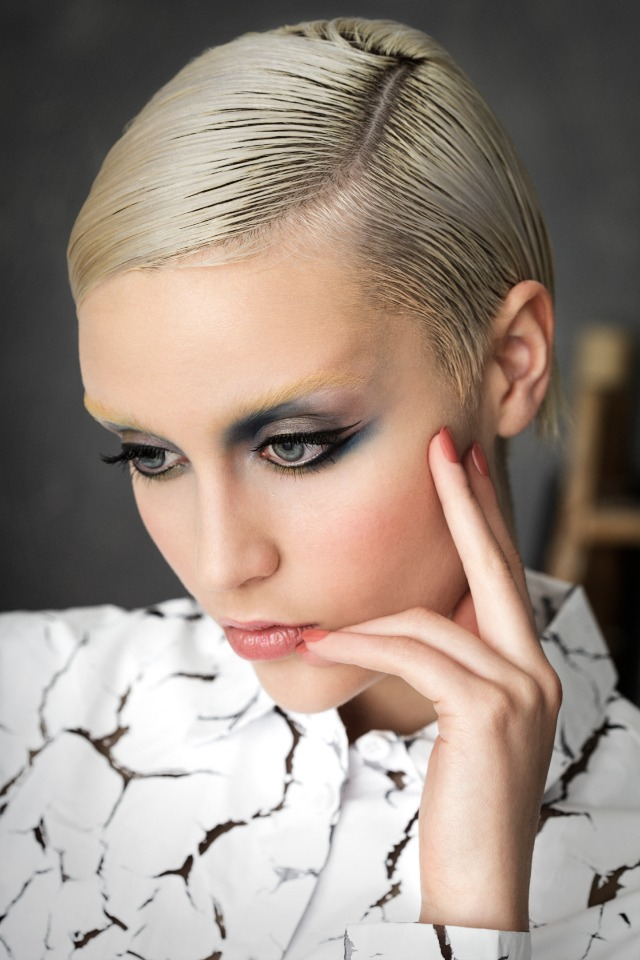 It_Girls_del_siglo_XX_LOLA_MAKE_UP_OTOÑO_INVIERNO_2014_OBEBLOG_08