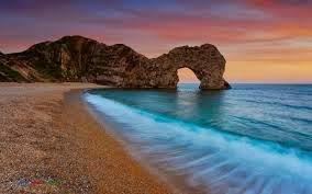 Arco en la costa