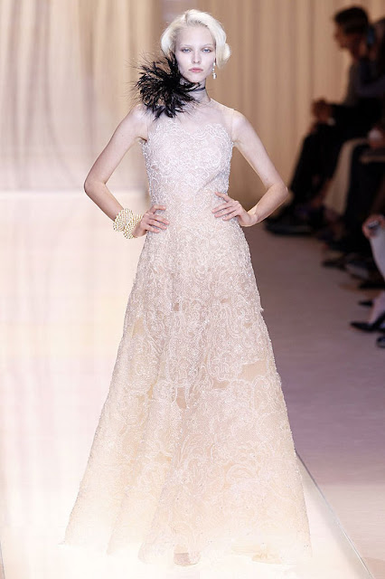 Runway report brides of haute couture fall winter 2013 for Giorgio armani wedding dress