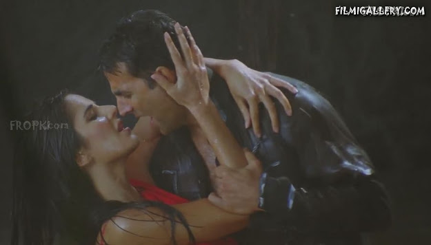 Katrina Kaif Rain Song Dance Wallpaper