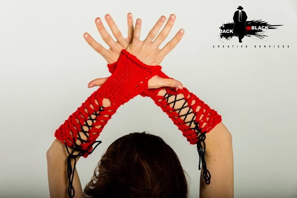 Tied Lace Fingerless Gloves pattern $1.50