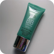 What I instantly loved about this BB cream is that it does exactly what it .