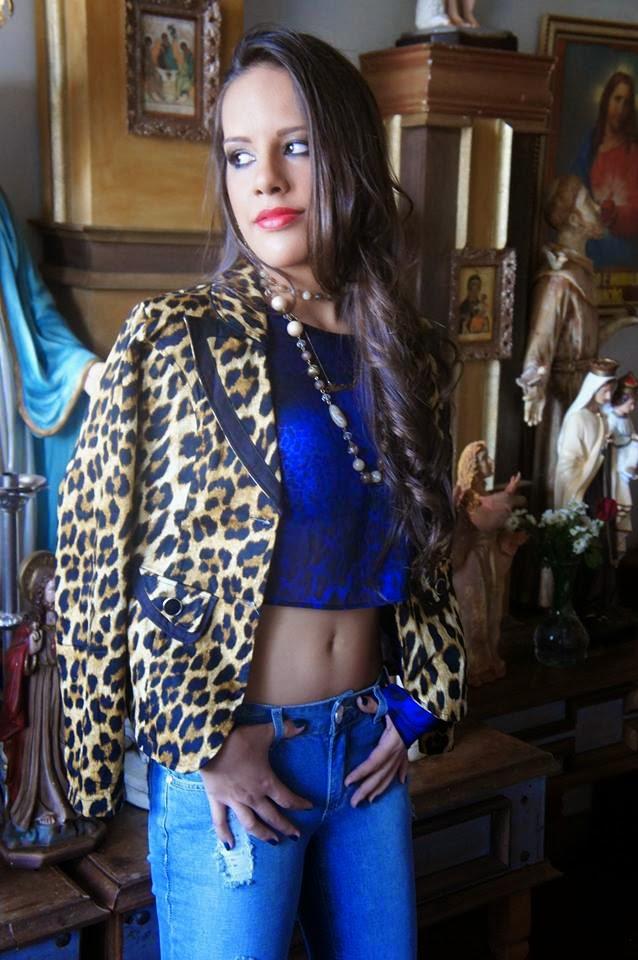 Mariana Pires, a Miss Conceição das Alagoas World 2013, posa para campanha de moda - Foto: Lucas Nogueira