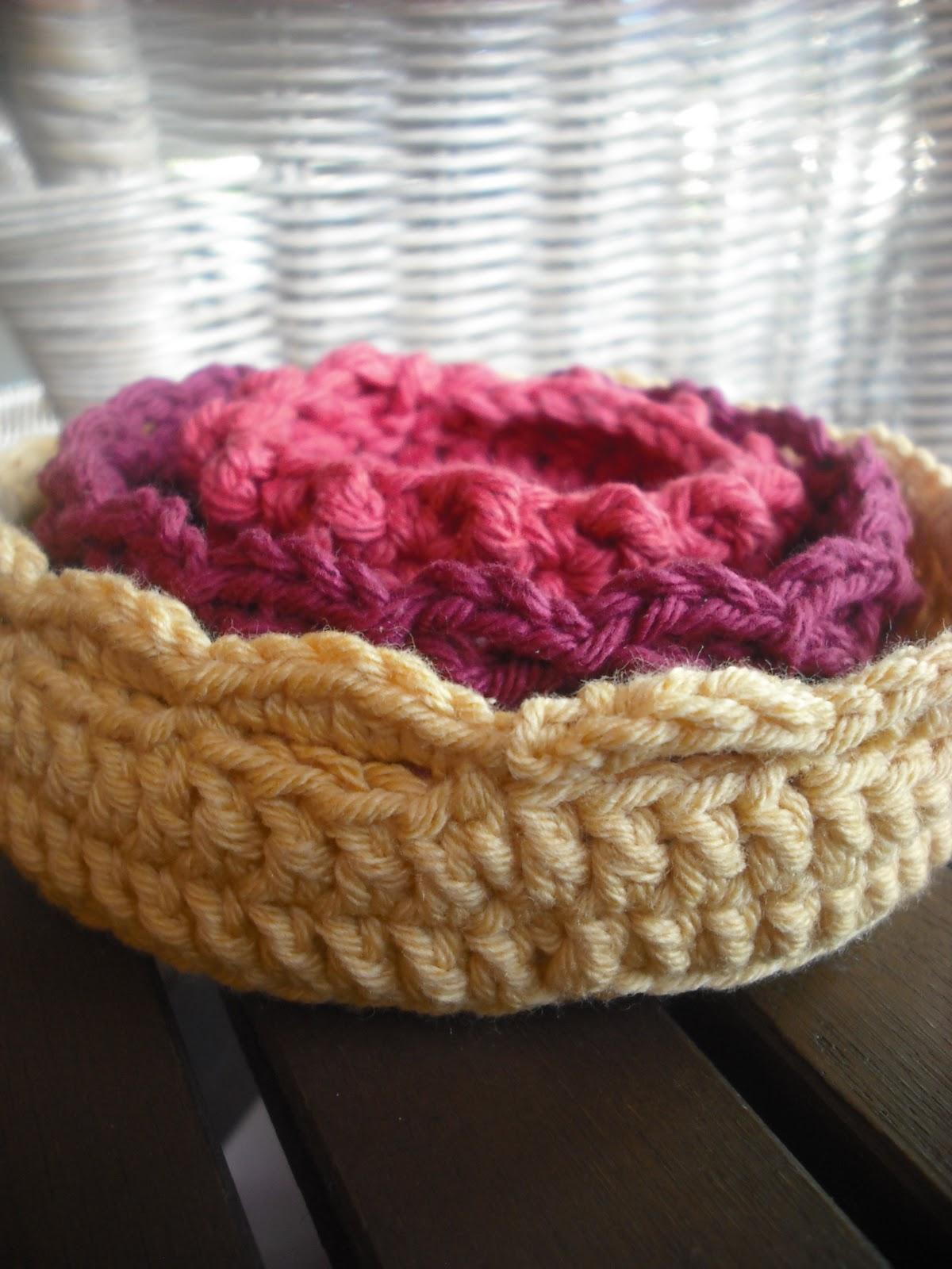 Purple Chair Crochet: Nesting Bowl Trio - Free!