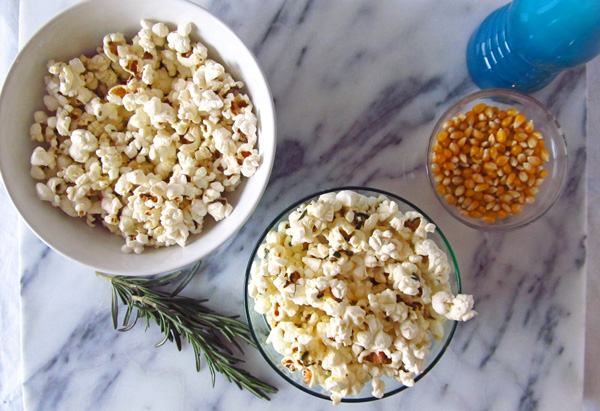 Popcorn with Rosemary and Black Pepper