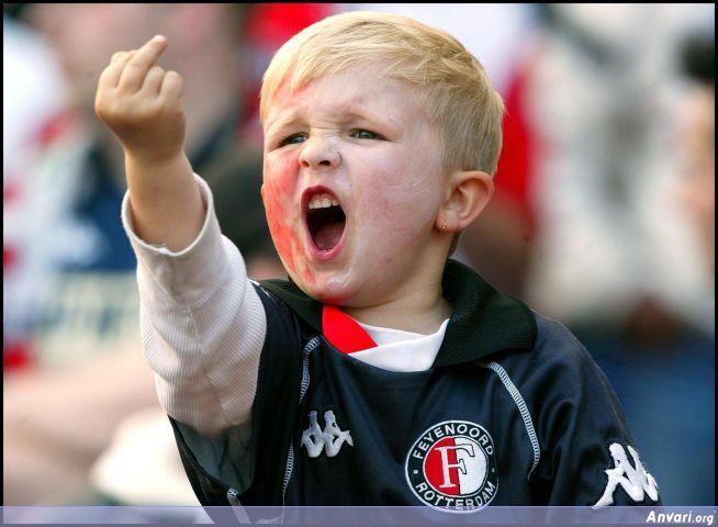 little-kid-giving-the-finger1.jpg