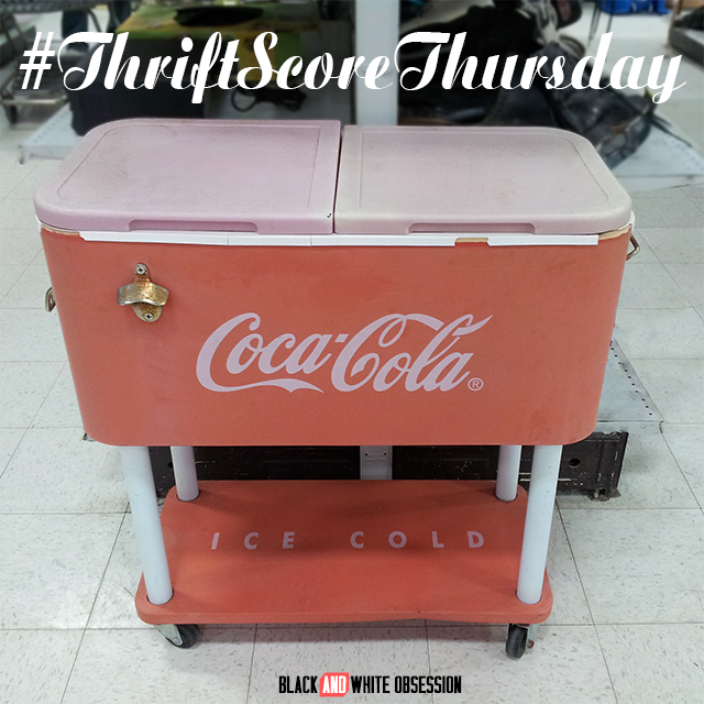 #thriftscorethursday Week 21: Vintage Coca Cola Cooler | www.blackandwhiteobsession.com