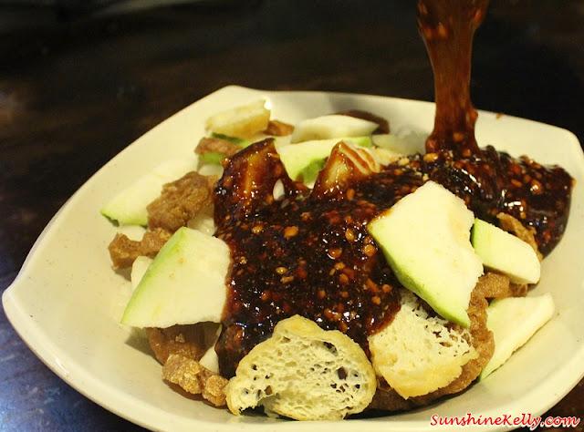 Angcle Peoh, Bandar Bukit Tinggi, Klang, Penang Ayer Itam Market, Asam Laksa, Penang Hawker Food, rojak