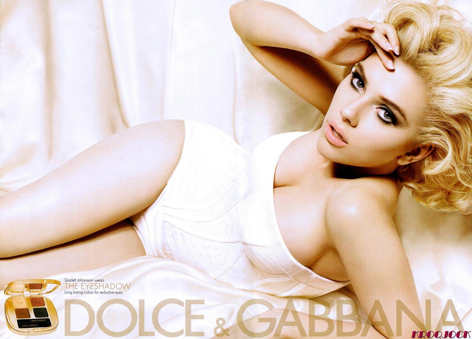 http://3.bp.blogspot.com/-EsJCT7cOkio/UIWxlw90P8I/AAAAAAAADZA/uDO5kzlVxJE/s1600/42387_Scarlett_Johansson_DOLCE_GABBANA_Beauty_2009_Scanned_by_KROQJOCK_UHQ2_122_115lo.jpg