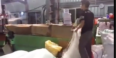 Inilah Video Cara Pembuatan Beras Palsu Dari Plastik (Dari China)