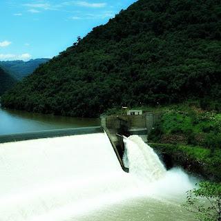 Vertedouro da Usina Hidrelétrica Castro Alves, em Nova Roma do Sul