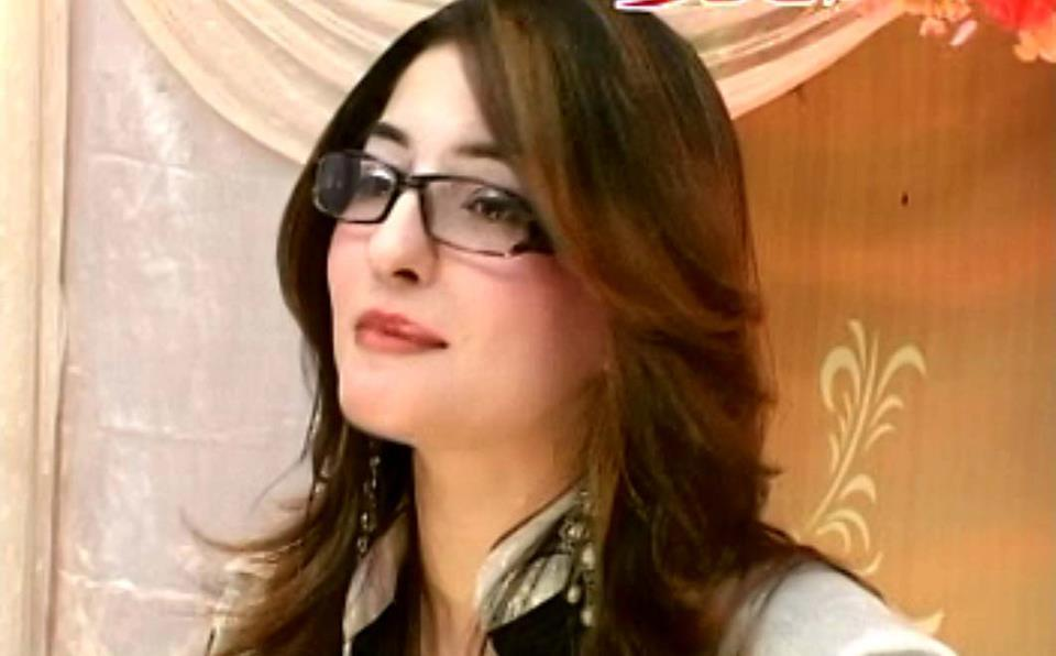 Pakistani Celebrities: Gul Panra Beautiful Pashtu actress/singer ...