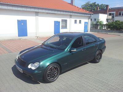 Mercedes-Benz C200 W203