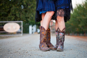 Cowgirls in Love