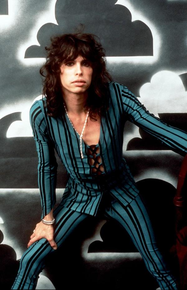 Young Steven Tyler Singing