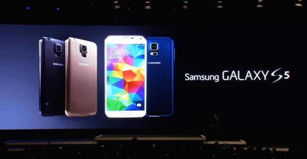 Antara Samsung Galaxy S5 Dan iPhone 5S