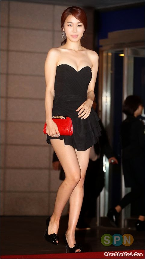 Yoo In Na (유인나) - 15th Pusan International Film Festival (PIFF 2010) from 07 October to 15 October 2010