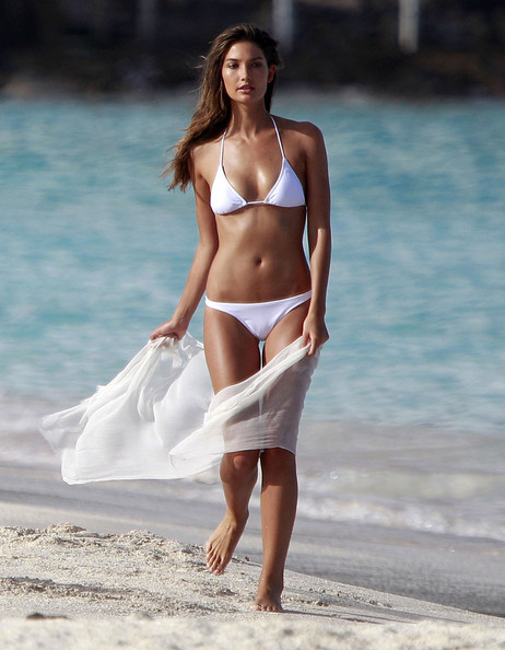 Victorias Secret Angel Lily Aldridge hot images