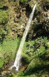 Air Terjun Jarakan (115 meter)