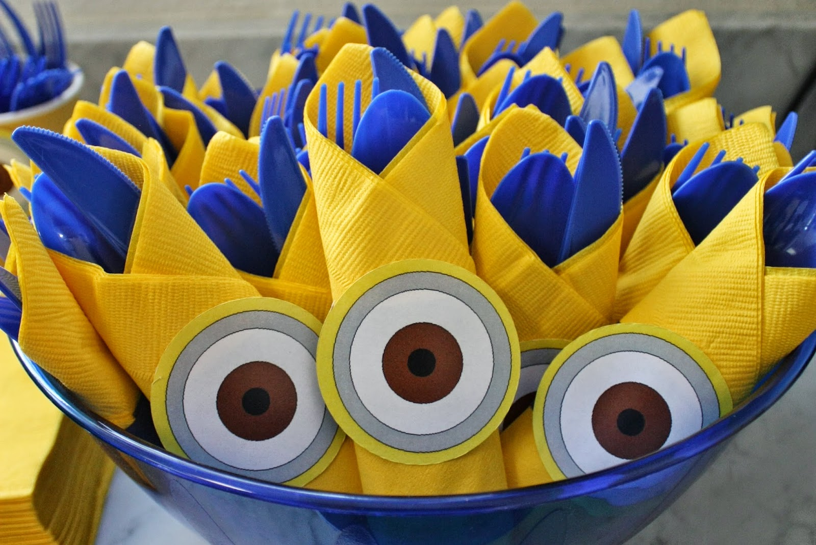 Fab everyday because everyday life should be fabulous for Decoration minion