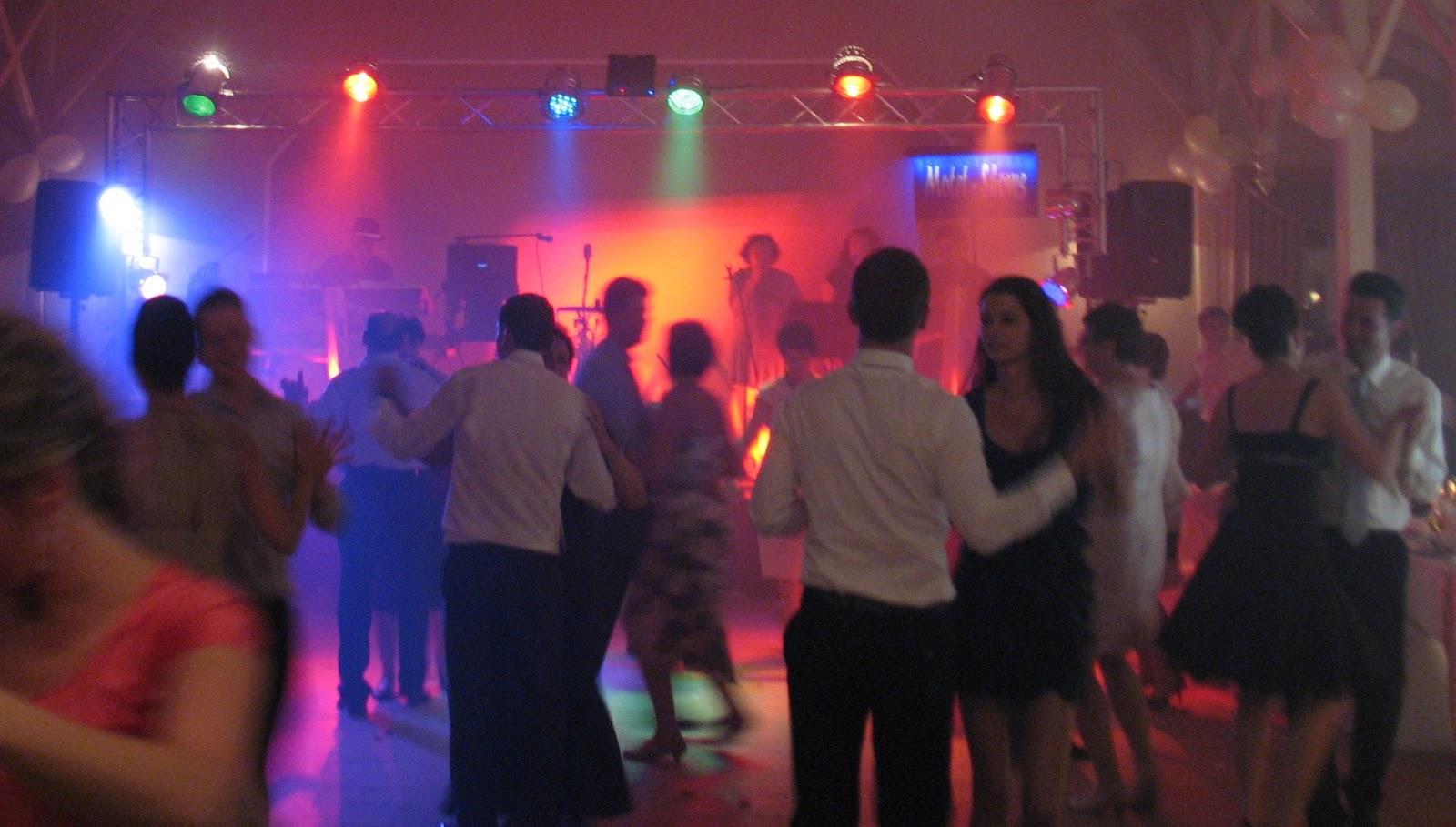Hochzeit In Polen Traditionen Brauche Und Feierlichkeiten Weddix