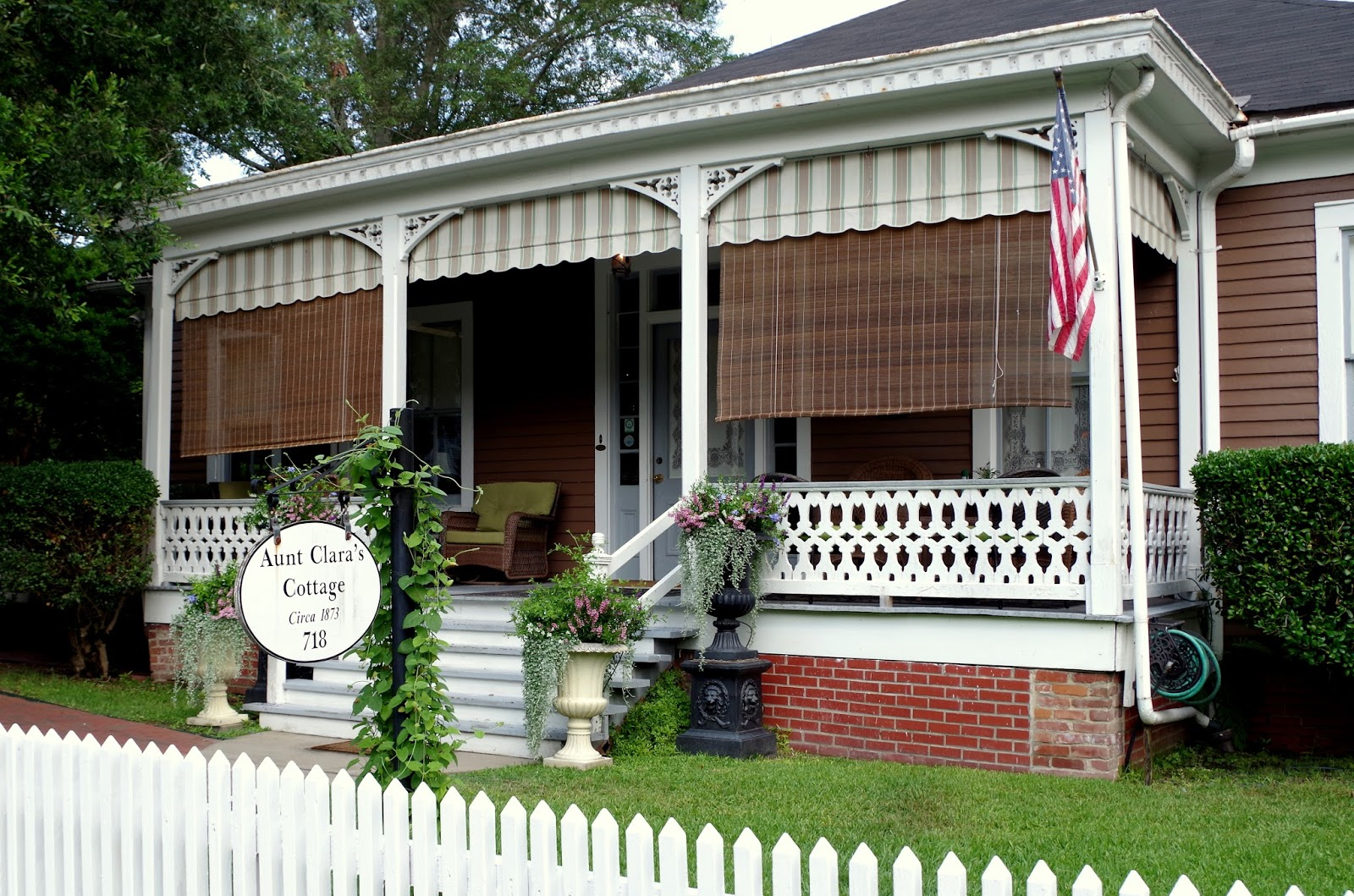Deveraux Shields Bed And Breakfast