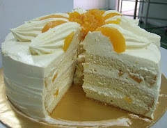 Snowy Peach custard cream cake.