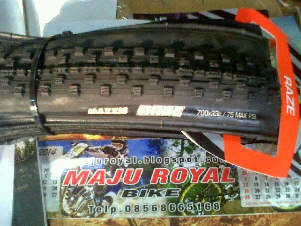 Maxxis Raze 700x33c