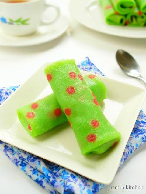 jasmin s kitchen kue dadar gulung polkadot