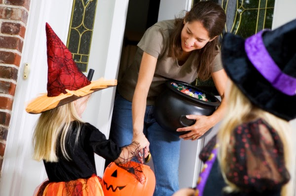 Safety Tips for Halloween Trick Or Treating
