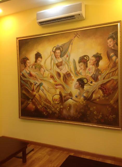 trang trí tranh nhà hàng