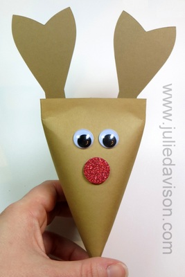 Rudolph the Red Nose Reindeer Twist Box Tutorial #stampinup #christmas www.juliedavison.com