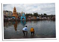 Rio sagrado Godavari en Nasik