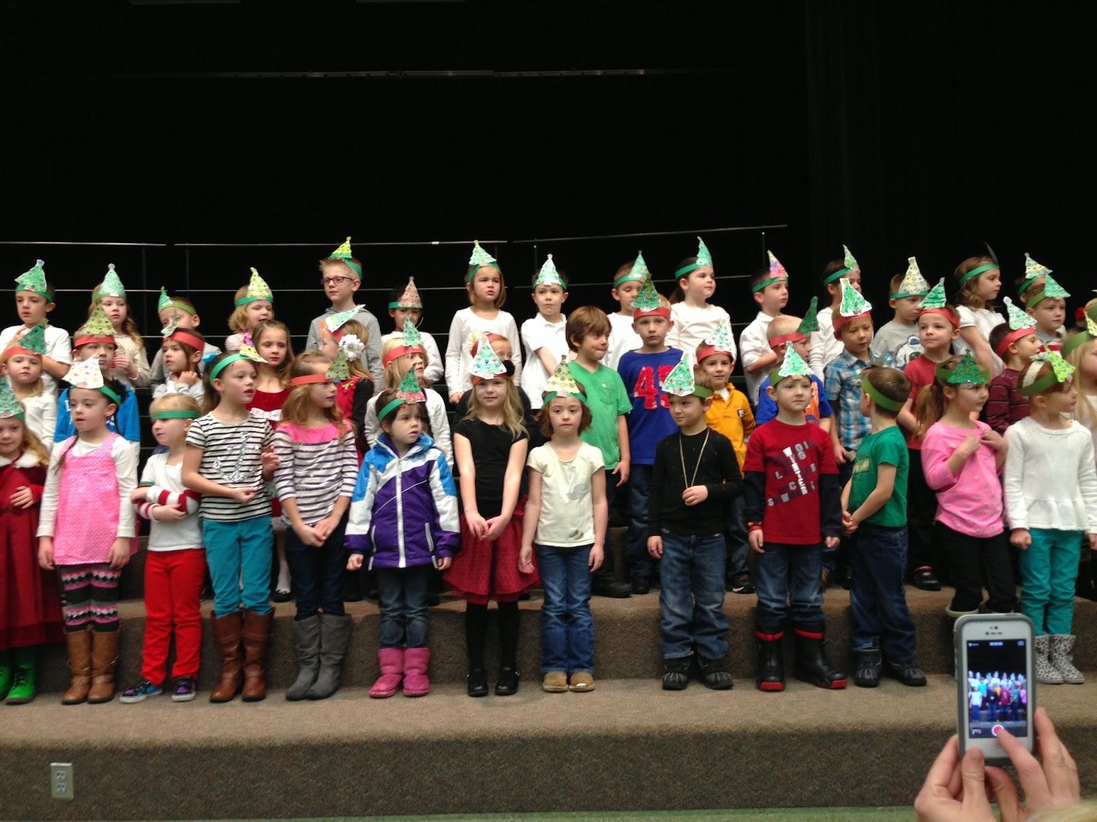 christmas concerts for preschoolers howcroft family kindergarten concert 114